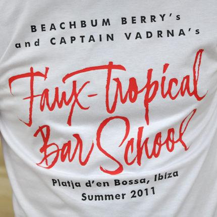 Faux-Tropical Bar School